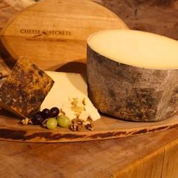 Avonlea Clothbound Cheddar- Cows Creamery (100g)