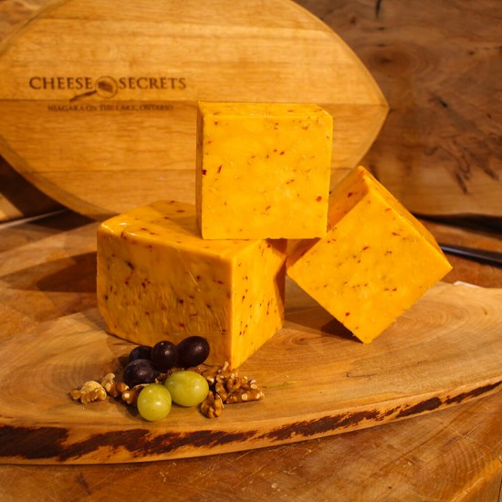 Colby with Hot Peppers- Thornloe Cheese (100g)