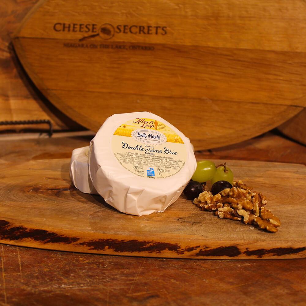 Double Cream Brie (100g)